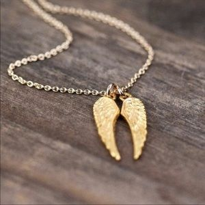 Goldtoned double angel wing charm necklace